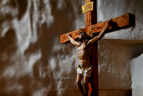 Crucifix6drk_4